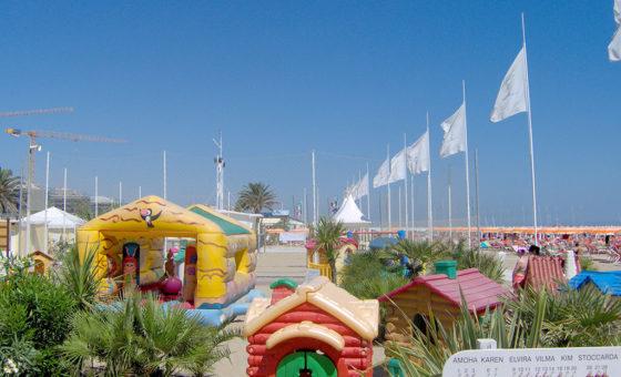 Bagno Aquamarina 98 Bellariva: la spiaggia convenzionata con l\'hotel ...